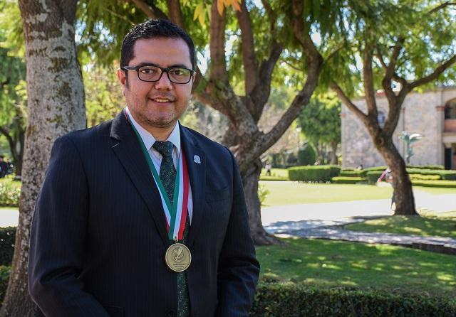 Egresado UDLAP gana Premio Nacional de Locución de la ANLM