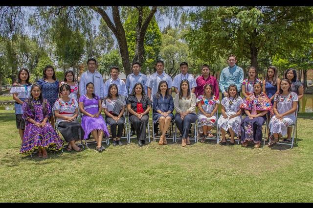 Reconocen programa de Liderazgo para Jóvenes Indígenas de la UDLAP