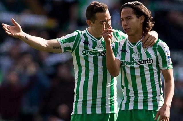 Lainez y Guardado figuran en convocatoria para la Copa del Rey