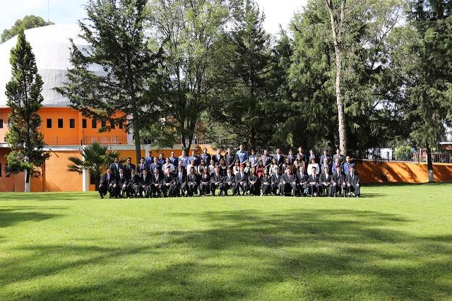 Se gradúan en INAOE 62 maestros y 35 doctores en ciencias