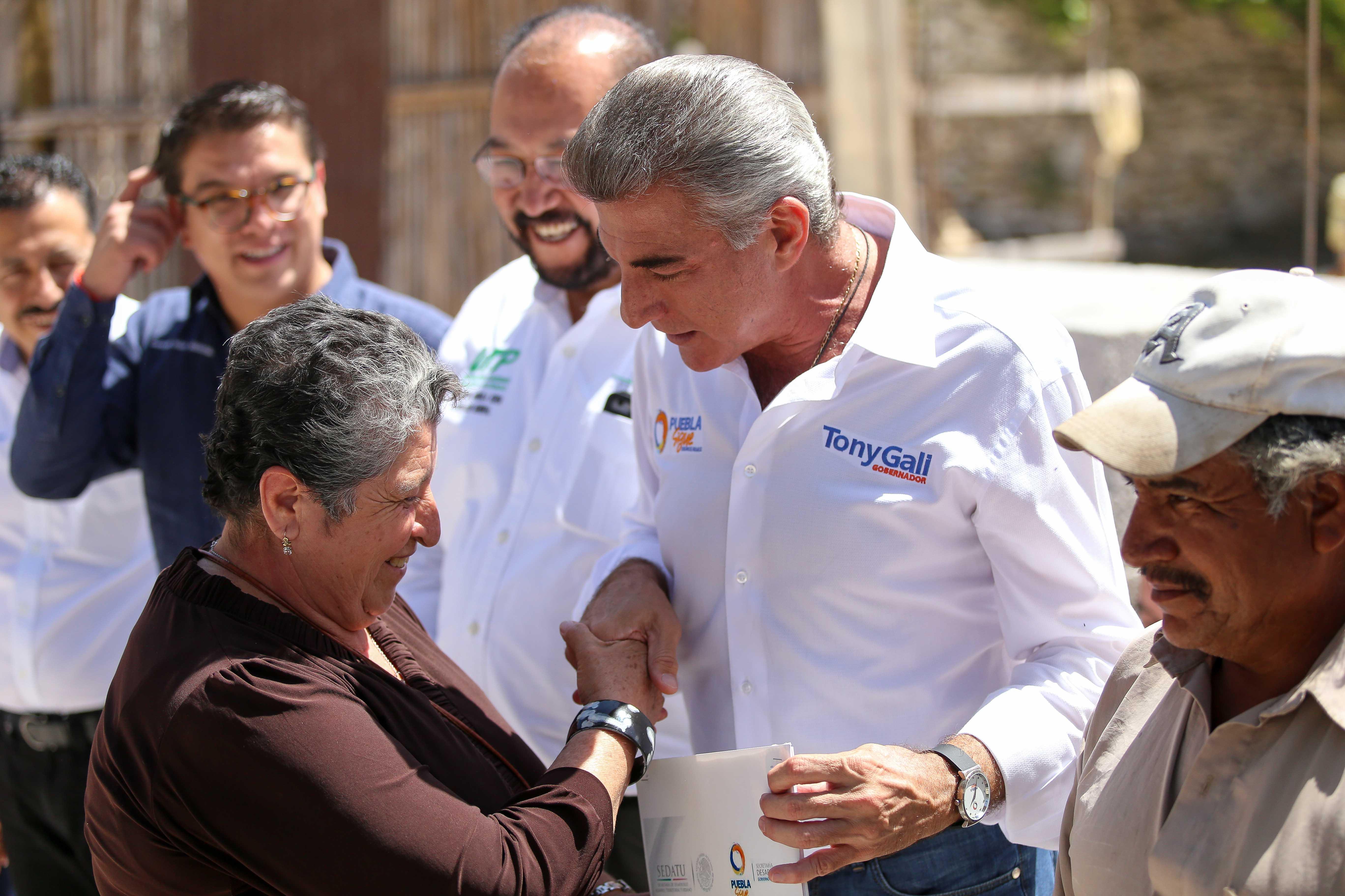 Inicia Gali construcción de viviendas en Tepexi de Rodríguez