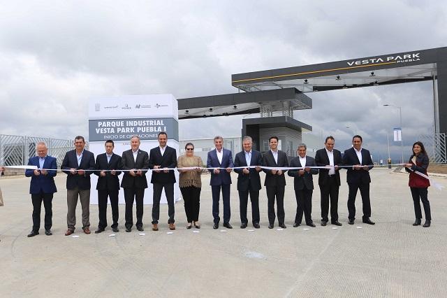 Asiste Gali a inicio de operaciones de Parque Industrial Vesta Park Puebla I