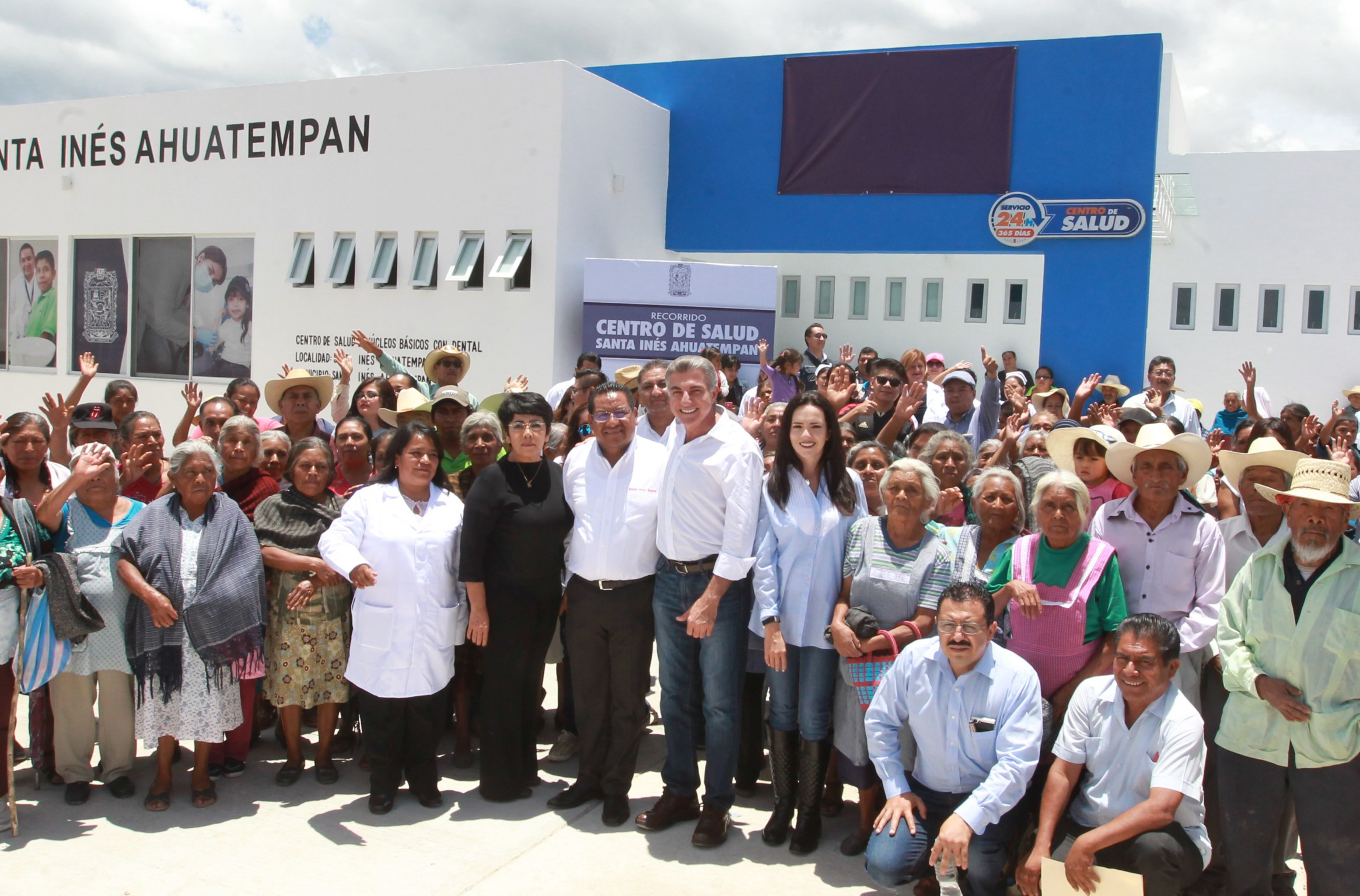 En Ahuatempan nuevo centro de salud que da servicio las 24 horas