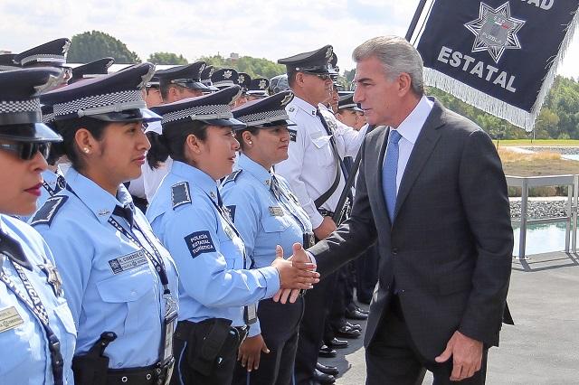 Decomisan en Puebla 8 millones de litros de combustible robado