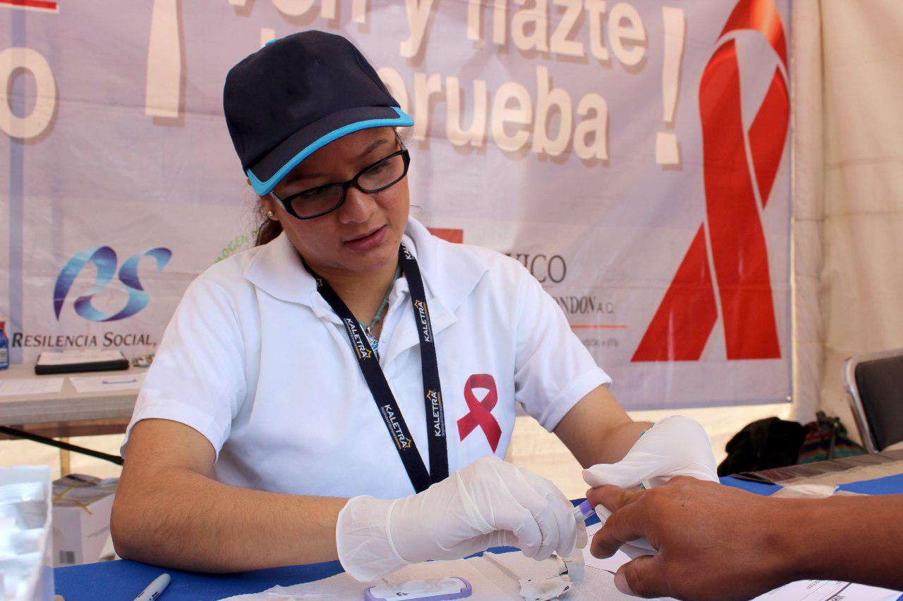 Organiza Salud jornadas gratuitas para detección de VIH en Puebla