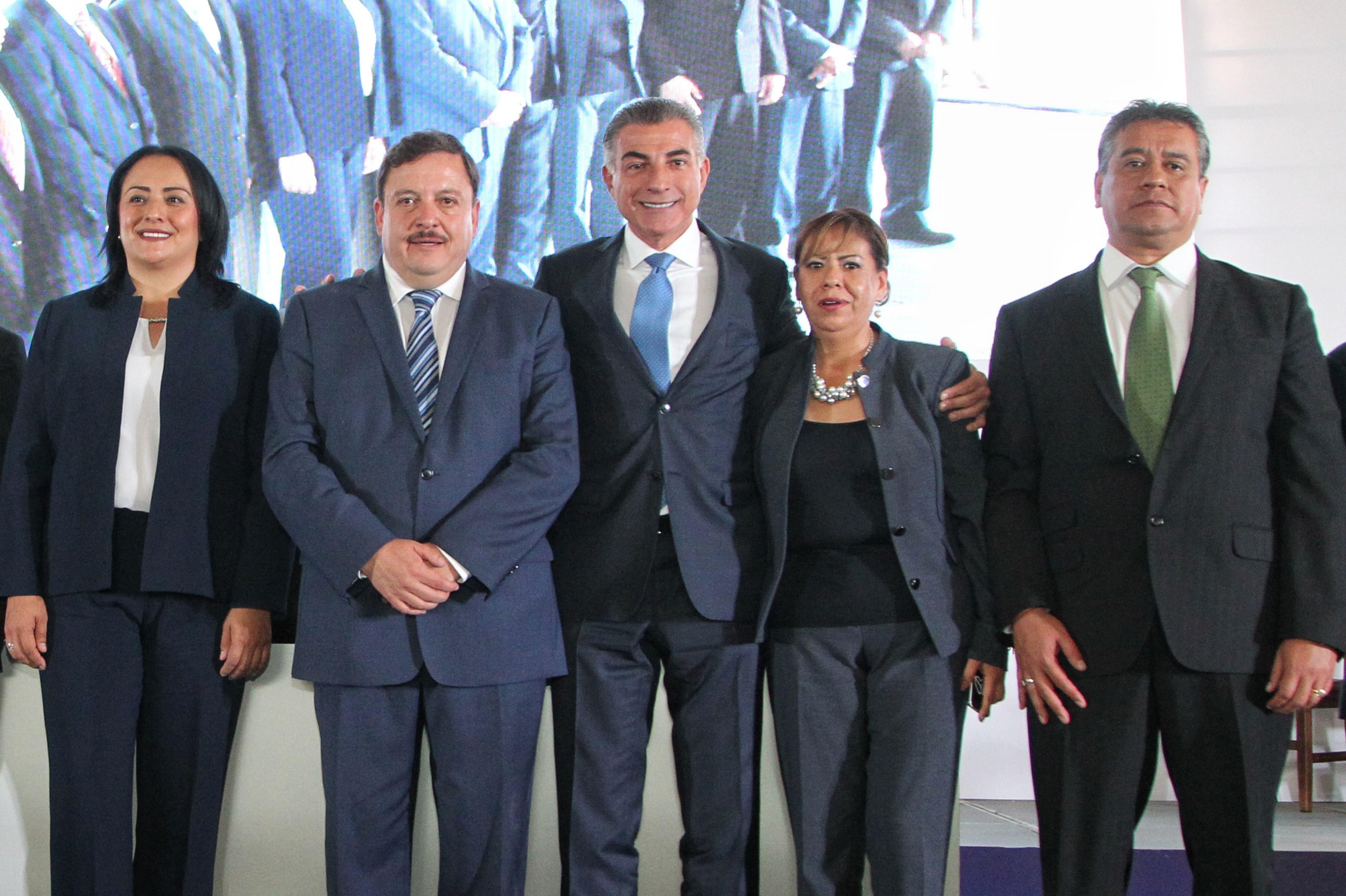 Ofrece el gobernador Antonio Gali  fortalecer  la seguridad en Teziutlán