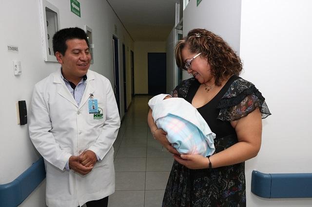 Obtiene SEDIF tutela de bebé abandonado en San Andrés Cholula