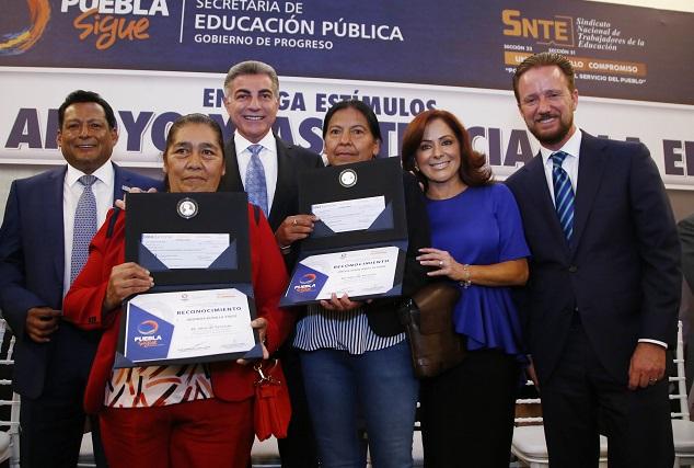 Mejorarán plazas de empleados en el sector educativo: Gali