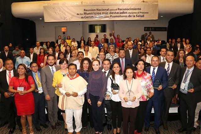 Gobierno federal reconoce a Puebla por municipios promotores de salud