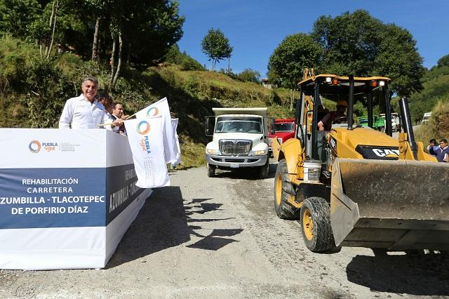 Inicia Gali rehabilitación de carretera Azumbilla-Tlacotepec de Porfirio Díaz