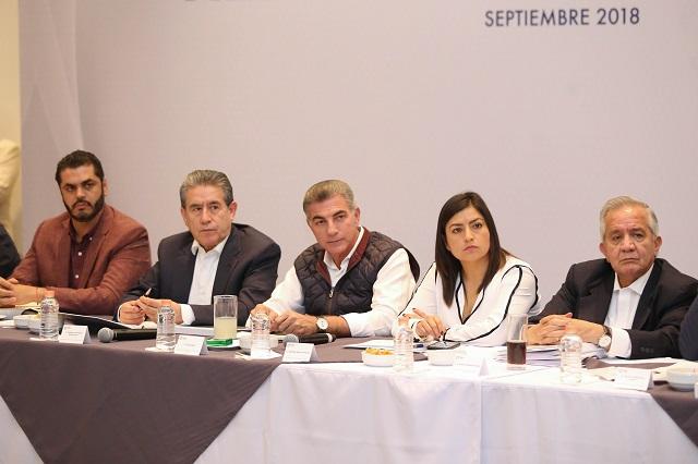 Tratan presupuesto y seguridad alcaldes de Morena con Gali