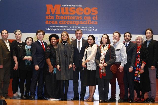 Nuria Sanz y Tony Gali abren foro sobre museos en el MIB