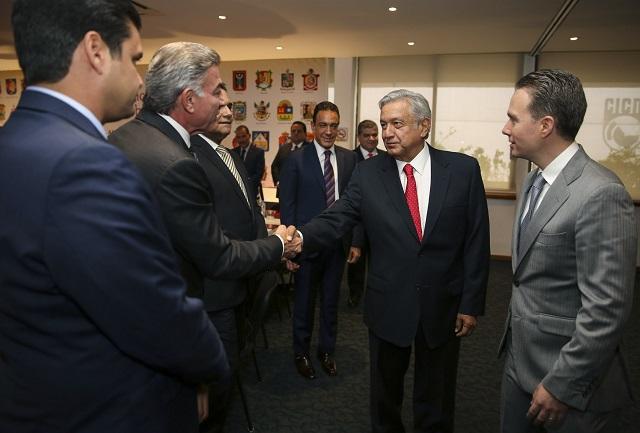 AMLO se reunirá con gobernadores menos con Gali por crisis electoral