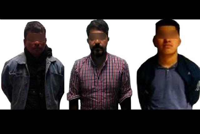 Detienen en colonias de la ciudad de Puebla a tres hombres armados