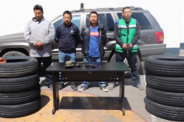 SSP recuperó tres vehículos robados y un cargamento de neumáticos