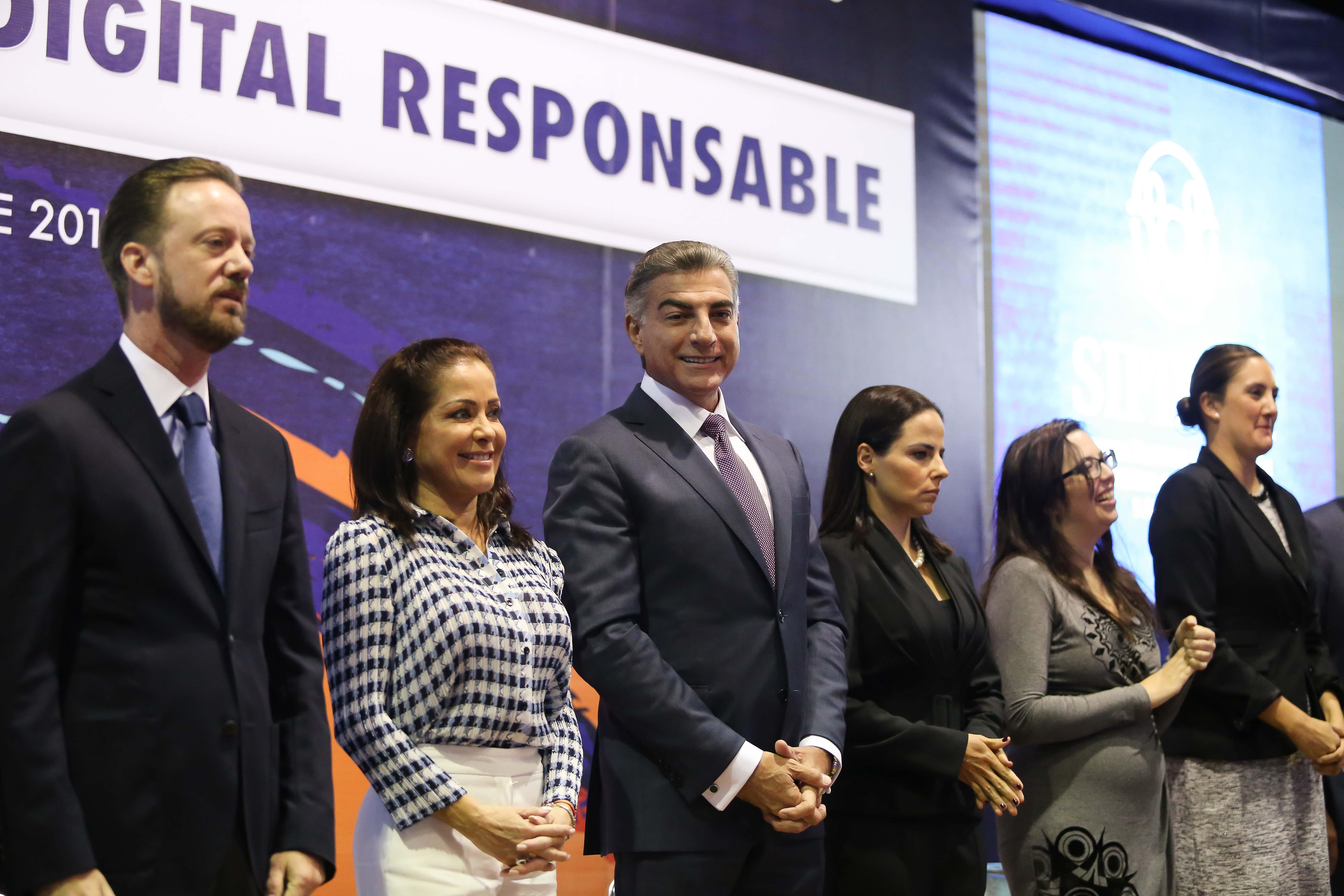 Inicia Gali el programa Puebla, ciudadanía digital responsable