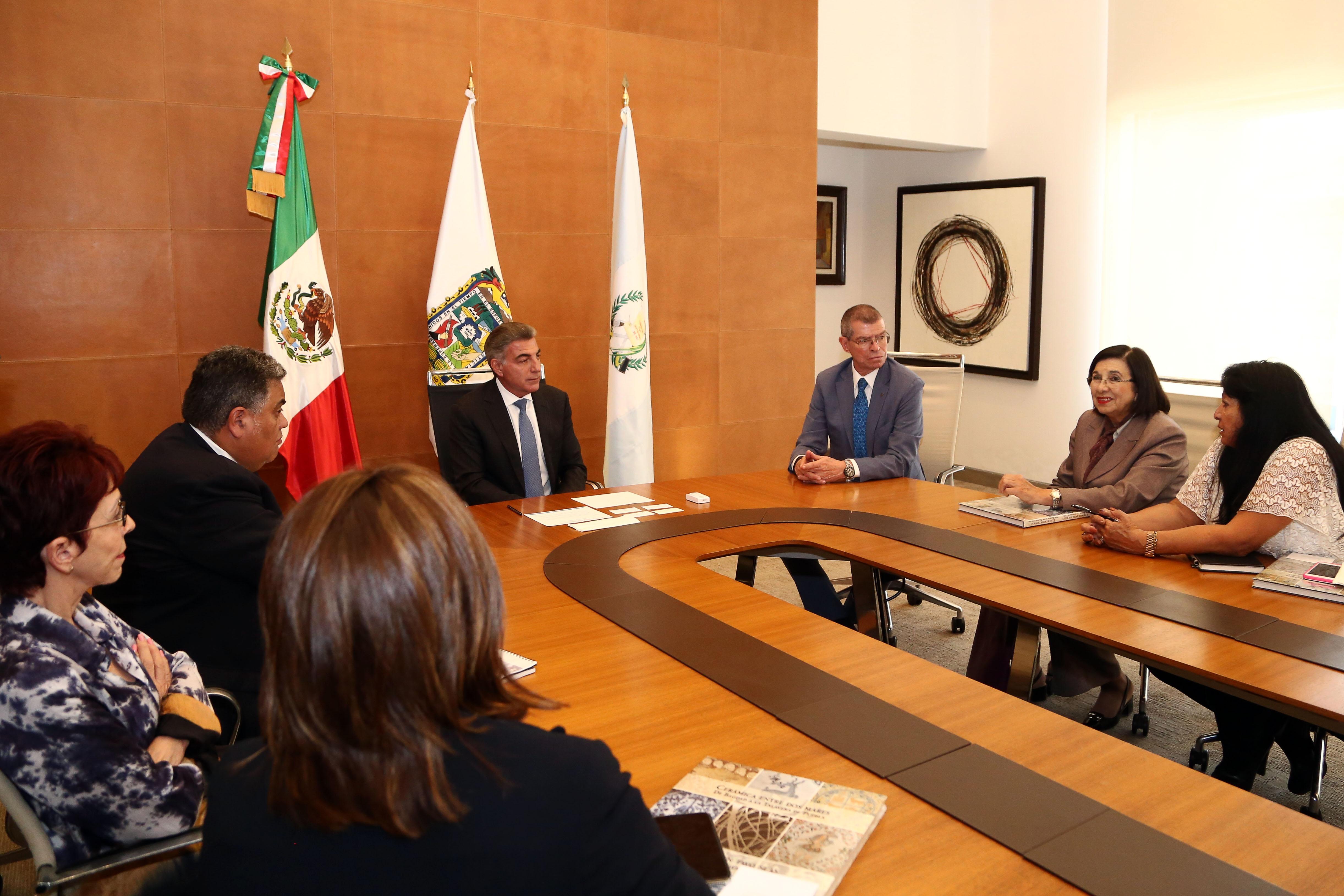 Gobernador Gali fortalece lazos de cooperación con Guatemala