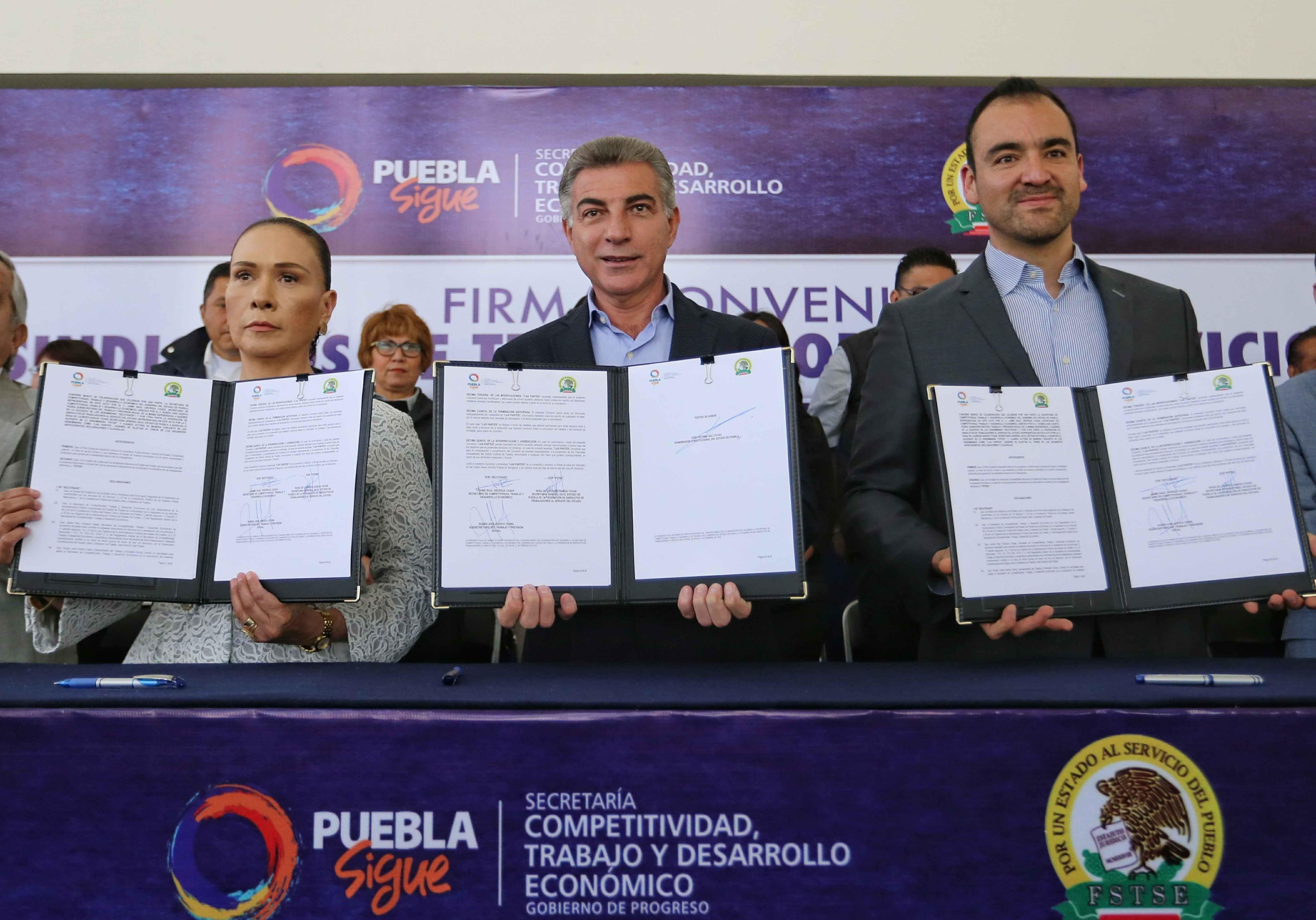 Firman convenio de colaboración Gali y trabajadores al servicio del estado