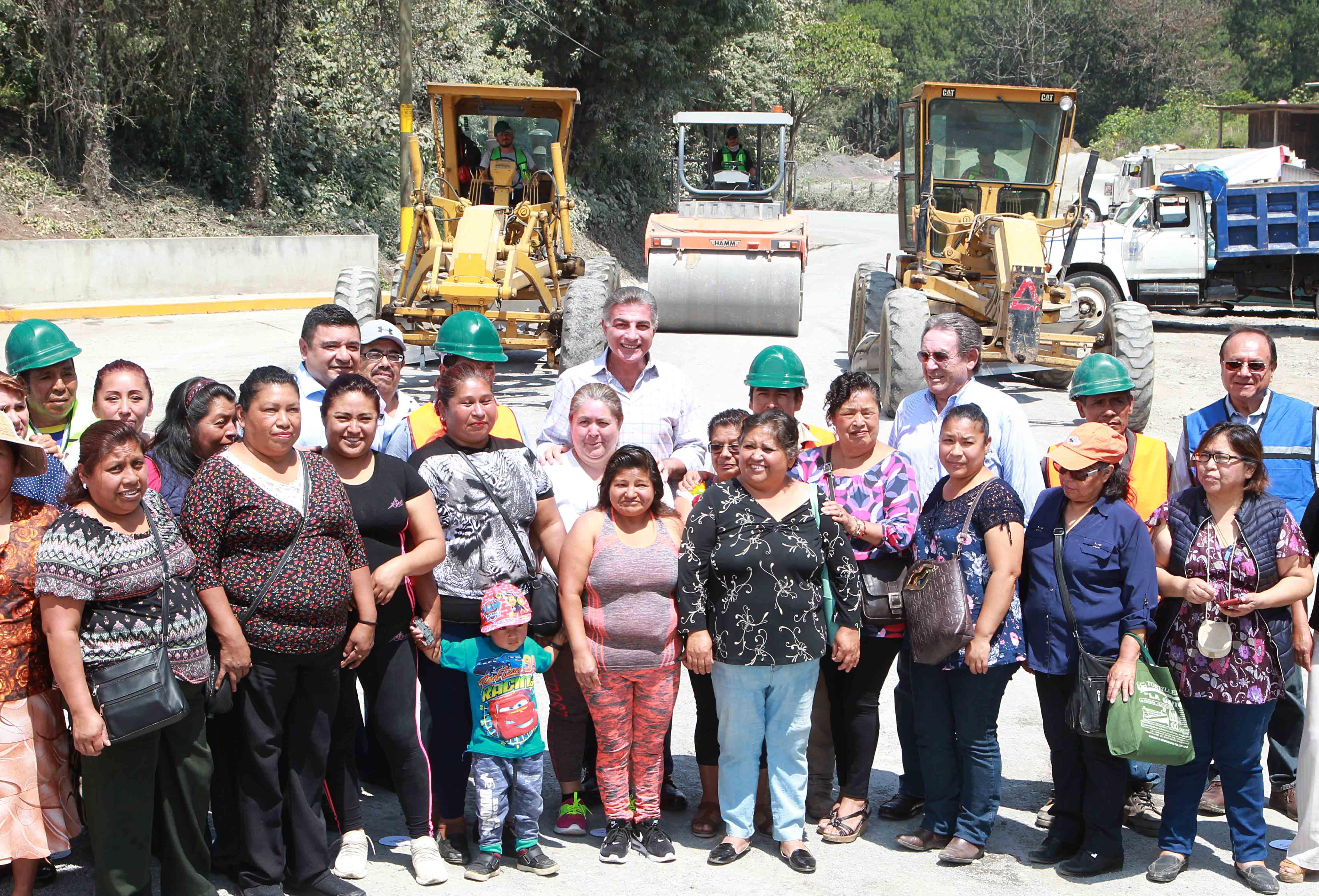 Supervisan rehabilitación de la carretera Texcapa-Tlapacoya