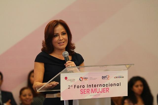 En Puebla protegemos los derechos humanos de las mujeres: SEDIF