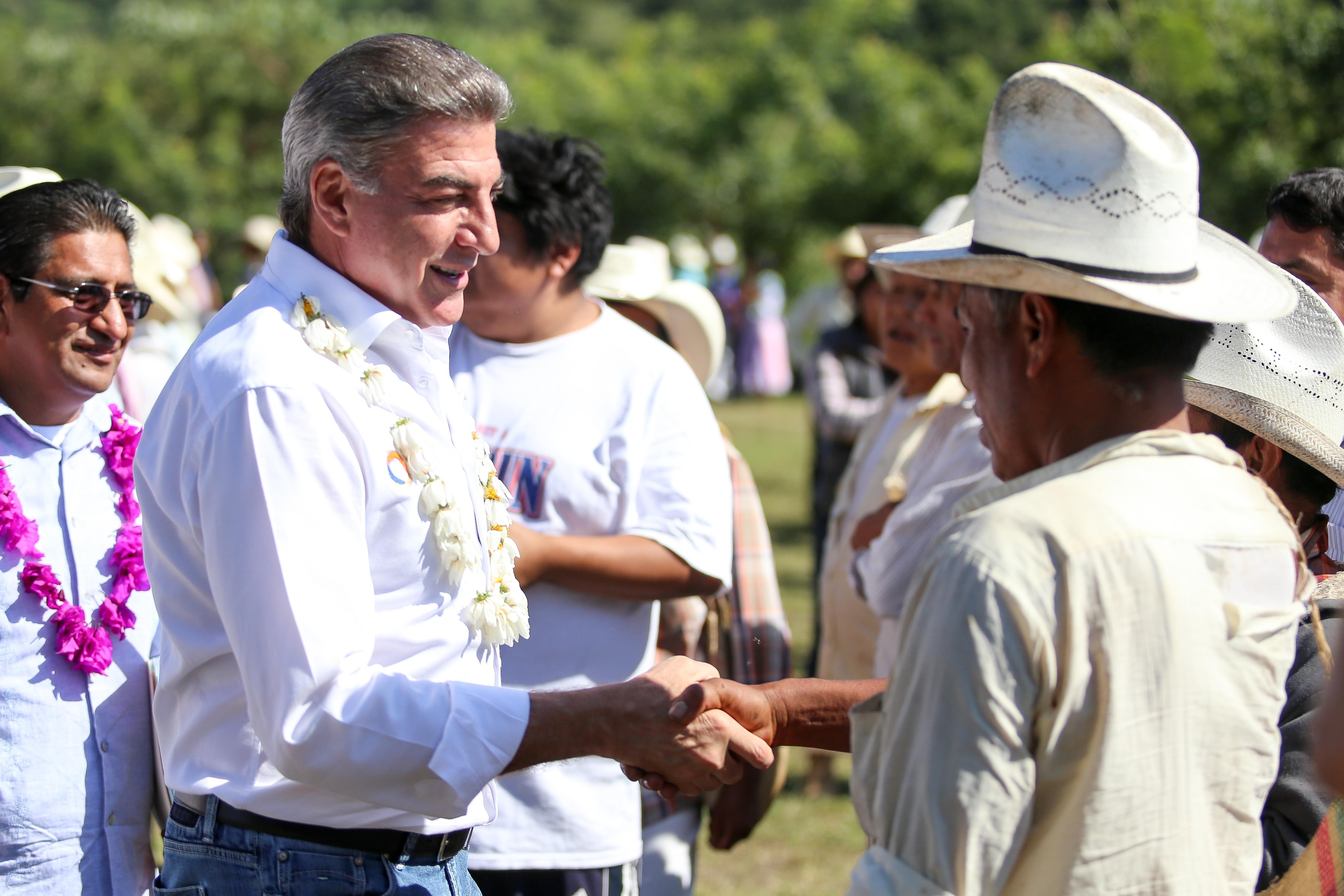 Gali cumple con el aseguramiento de los cultivos en el estado de Puebla