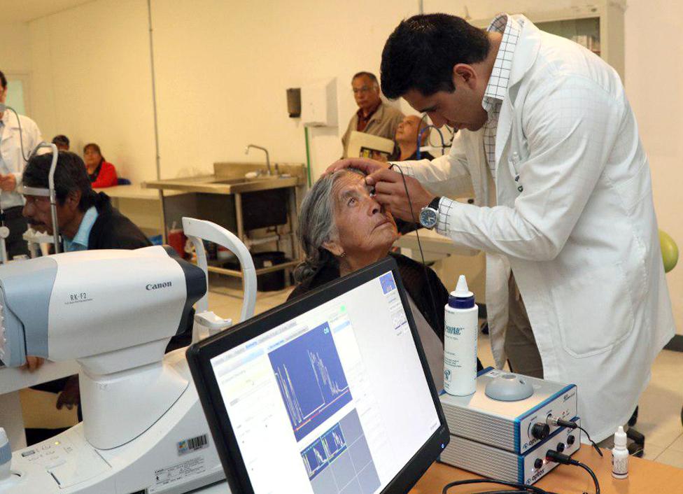 Recomienda SSEP acudir al oftalmólogo una vez al año