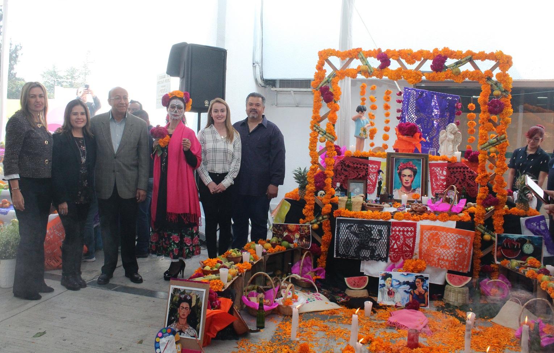 Concurso de ofrendas de SEP fomenta tradiciones mexicanas