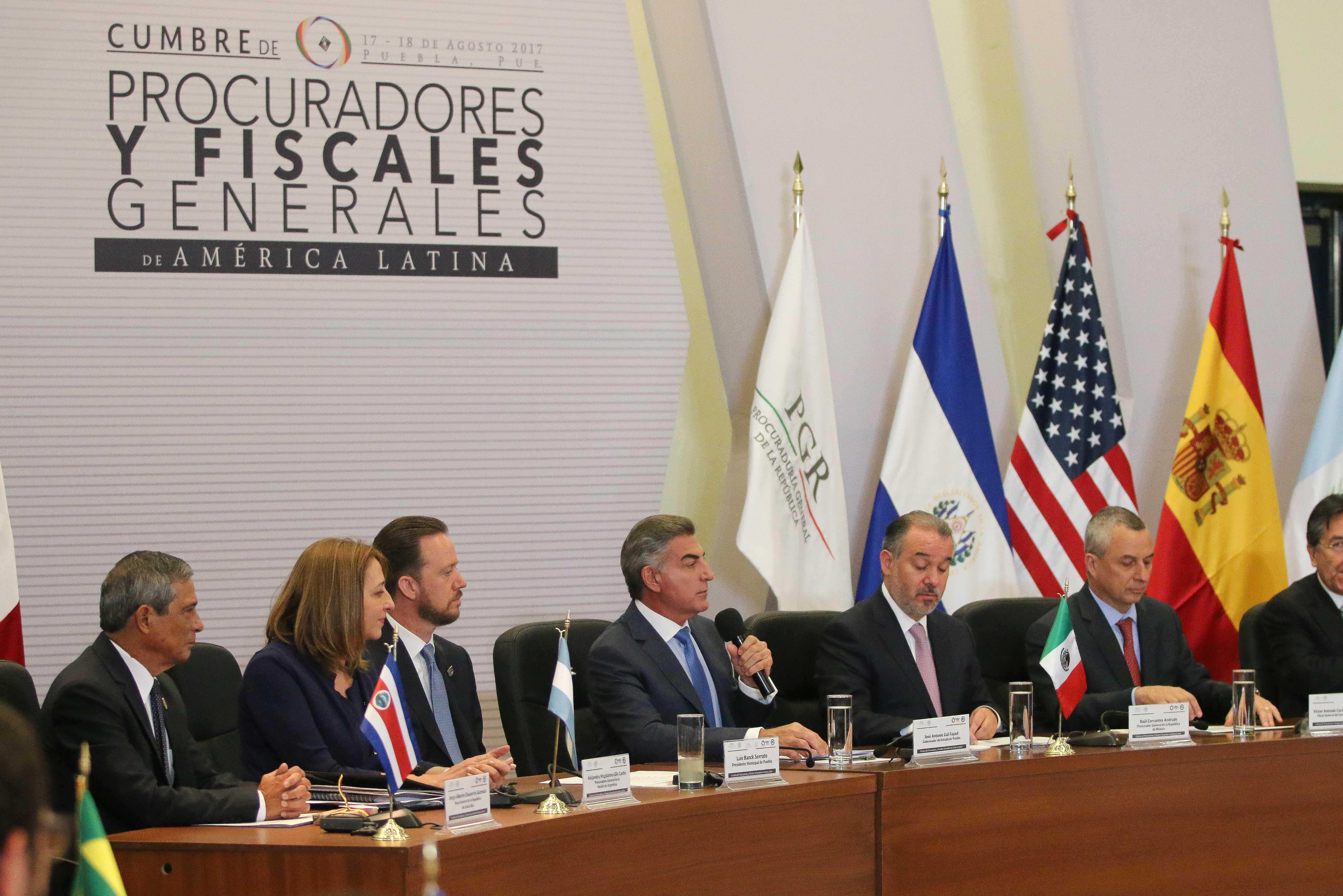Raúl Cervantes y Antonio Gali clausuran la Cumbre de Fiscales
