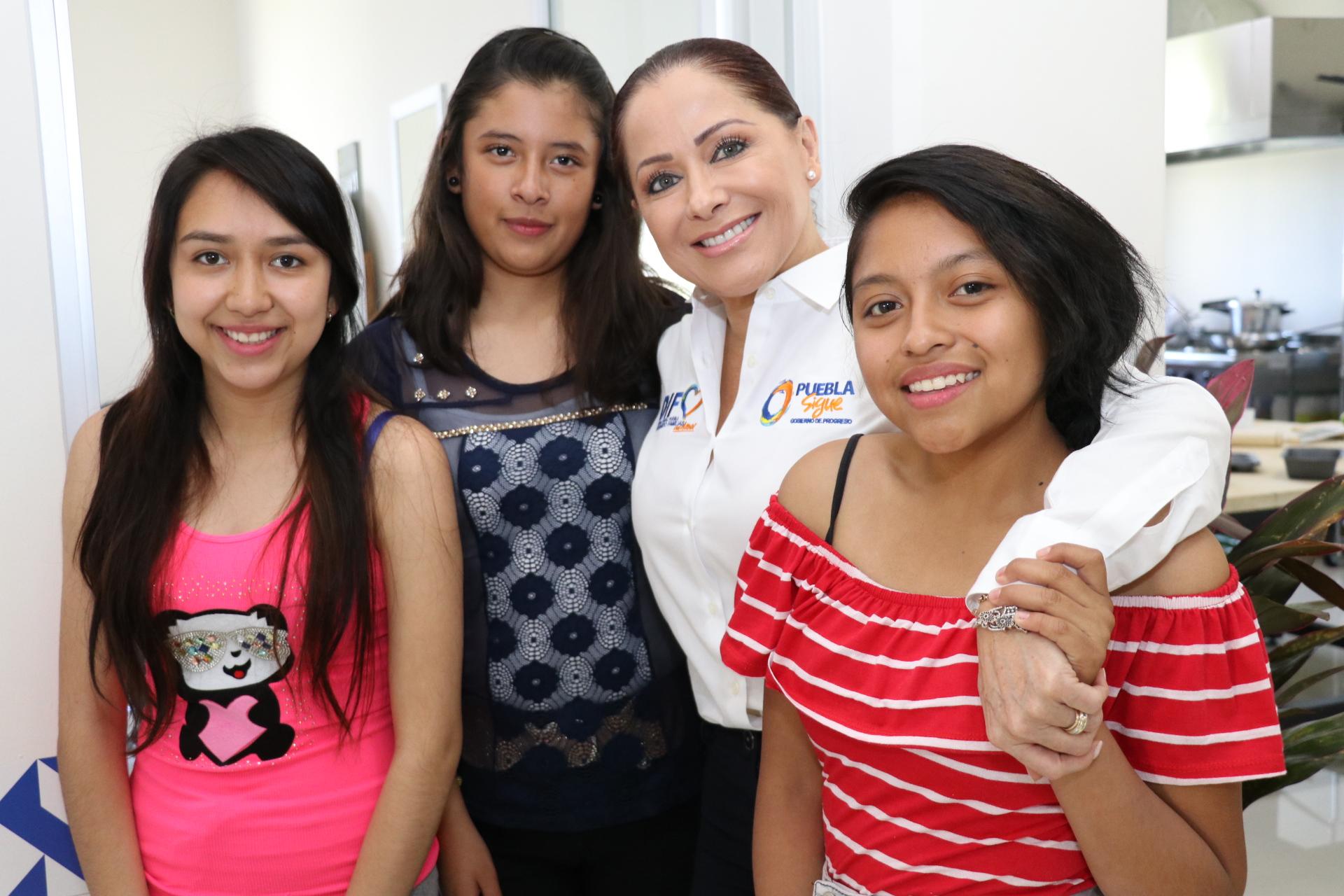 Lista, la primera Casa Jóvenes en Progreso: Dinorah López de Gali