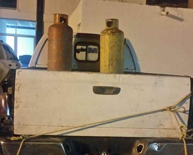 En Tehuacán esconden gasolina robada en tanques de gas LP