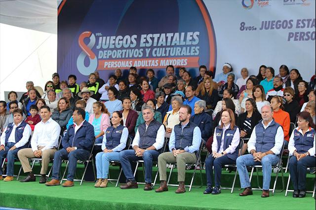 Gobernador Gali y titular de SEDIF inauguran Juegos de los adultos mayores
