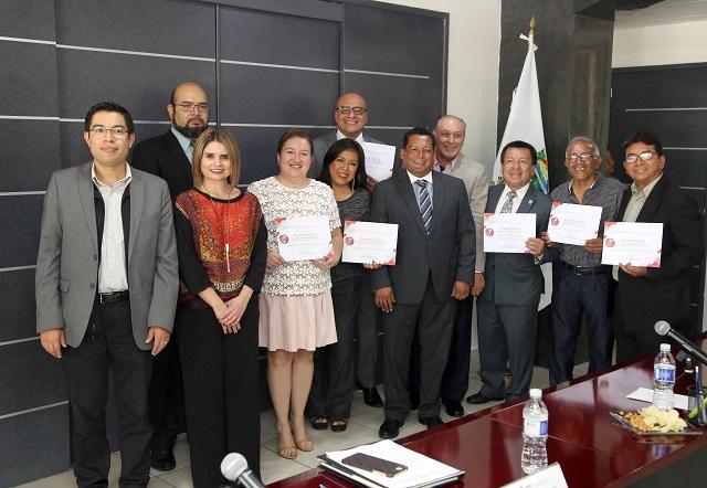 SEP entrega reconocimientos de la Agenda para el desarrollo municipal
