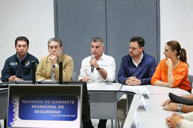 Condena Gali crimen de familia veracruzana en Zacatlán