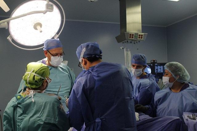 Realizan primera reconstrucción de rodilla en hospital del Issstep