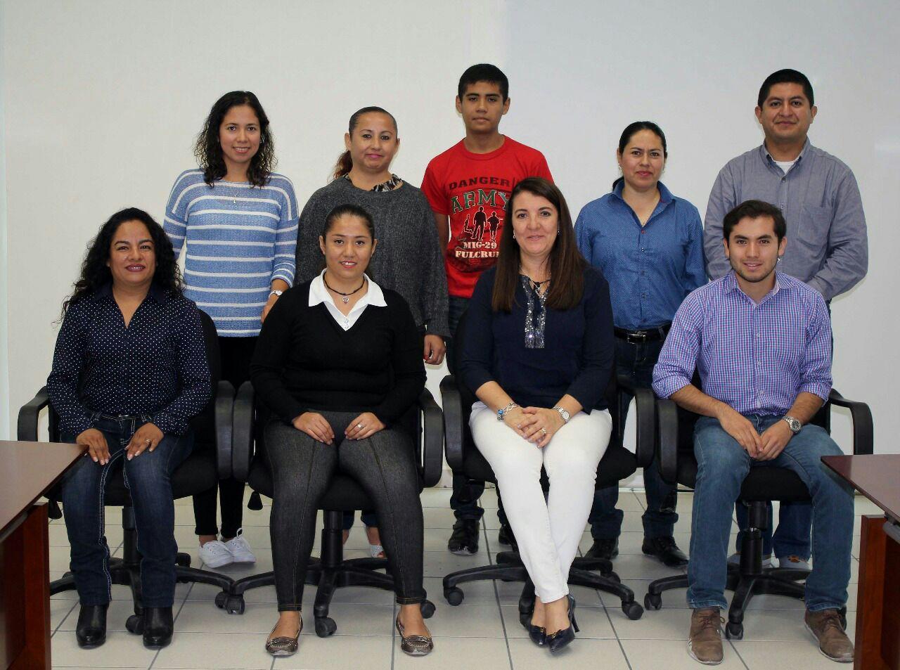 Alumnos de la UT de Tehuacán ganan beca para estudiar en Canadá