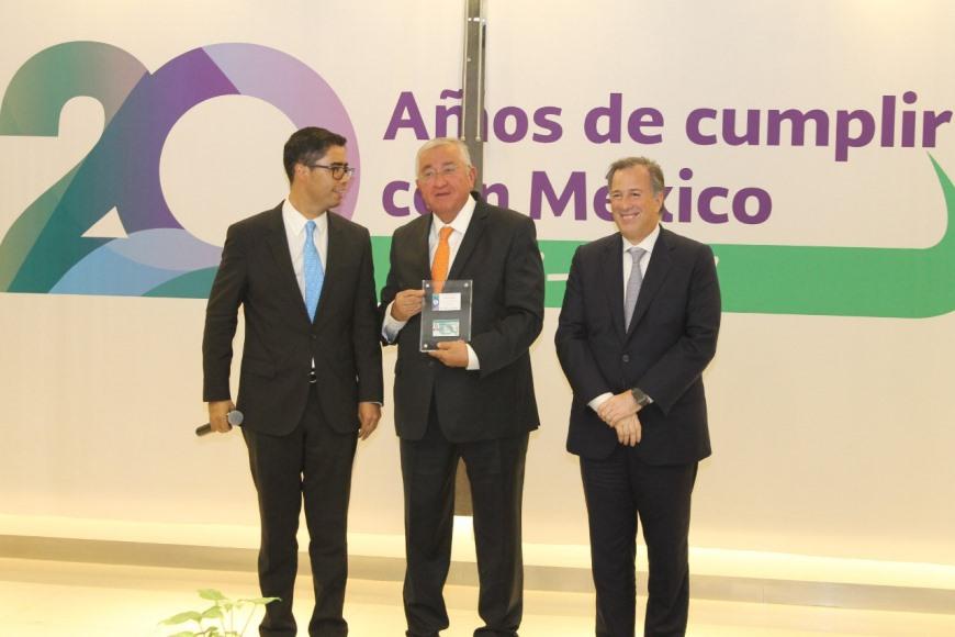 SAT reconoce labor de secretario de Finanzas, Raúl Sánchez Kobashi