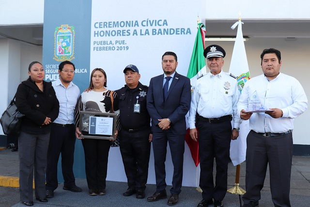 Reconoce SSP de Puebla trayectoria de policías estatales