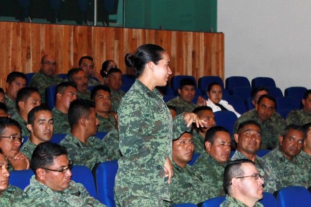 Charla del IPM sobre violencia de género a elementos de la XXV zona militar