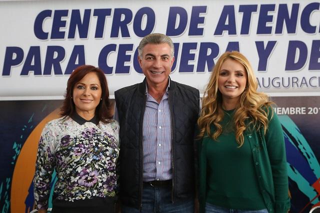 En Puebla, gobiernos inauguran el Segundo Centro de Atención Visual