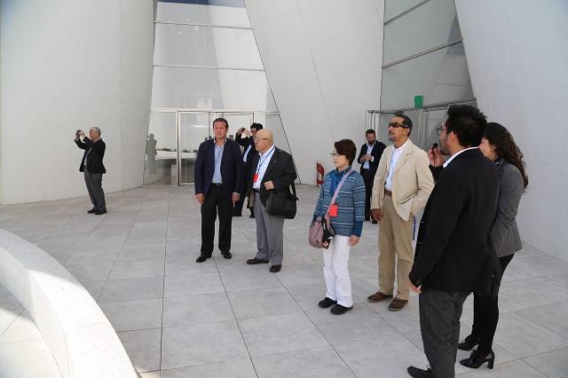 Agentes de viajes japoneses analizan oferta turística de Puebla