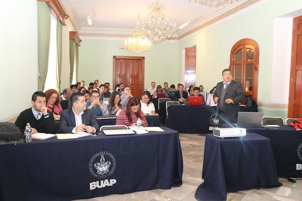 Capacitan a funcionarios en evaluación socioeconómica de proyectos