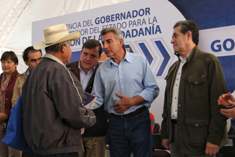 Inicia Gali caravana de gobierno y Feria de Empleo en Teziutlán