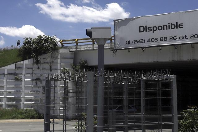 Revelan contratos con Autotraffic por fotomultas en Puebla