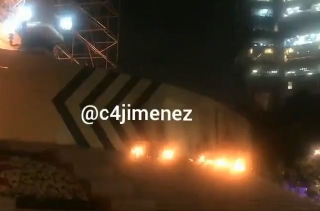 Sujeto arroja gasolina a El Ángel y provoca incendio