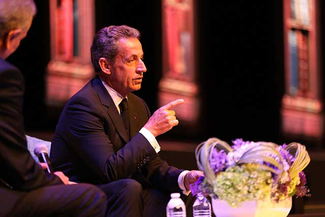Sarkozy sugiere a México no caer en trampas de Trump con el TLC