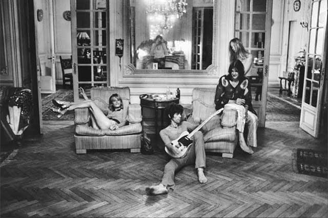 El exilio de los Rolling Stones en Francia, en exposición fotográfica