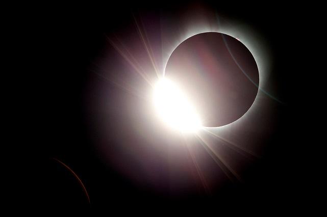 10 fotos del eclipse de sol alrededor del mundo