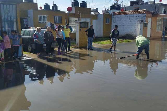 Se inundan 200 casas en Amozoc por aguacero y mal drenaje