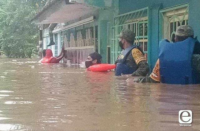 Lluvias dejan 27 muertos en Chiapas, Tabasco y Veracruz