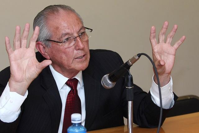 Formalizan queja contra Castillo Montemayor por violencia de género